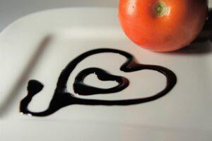 aceto balsamico, Ingredienti, alimenti, lista ingredienti, cosa è, come si cuoce, ricette, come si cucina, informazioni nutrizionali, calorie, proteine, grassi, carboidrati,