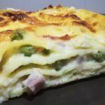 Lasagna con Prosciutto Cotto, Piselli e Mozzarella