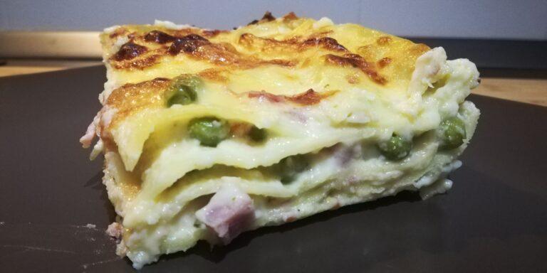 Read more about the article Lasagna con Prosciutto Cotto, Piselli e Mozzarella